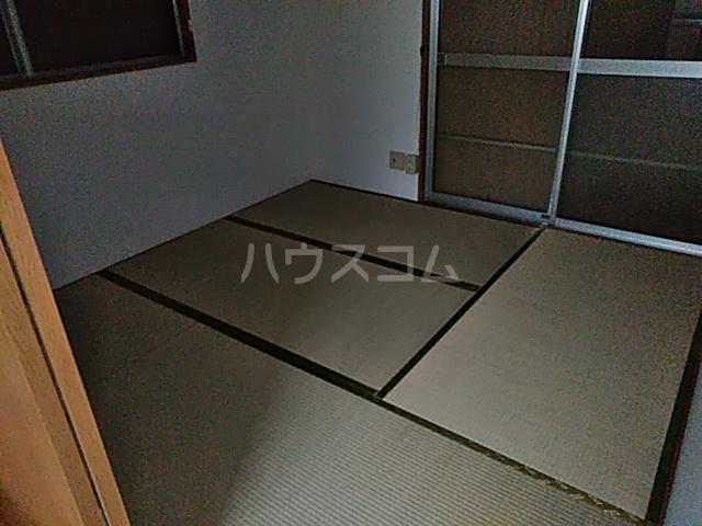 多摩ハイツB棟 201号室の居室