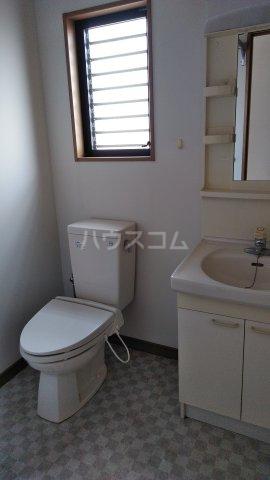 三信自由が丘ビル 402号室のトイレ