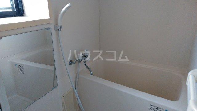 三信自由が丘ビル 402号室の風呂