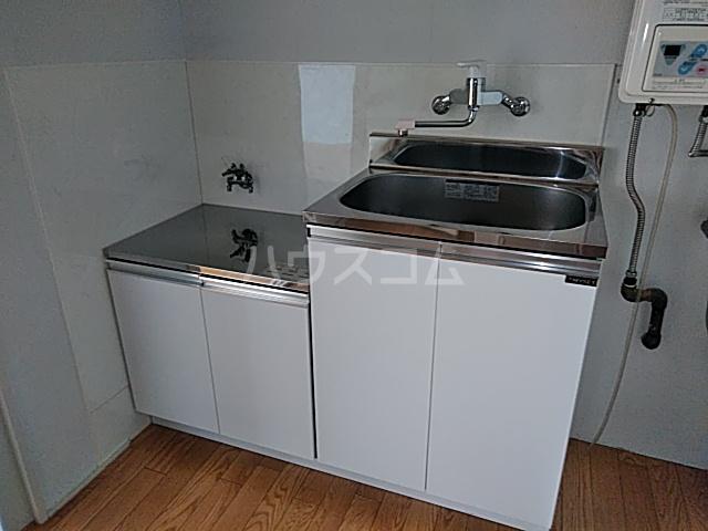 ビジョンコーポ 302号室のキッチン