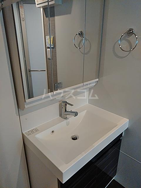 シャトーライフ自由が丘1 401号室の洗面所