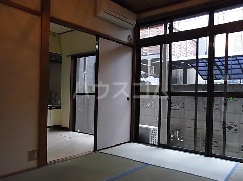 東玉川2丁目戸建の居室