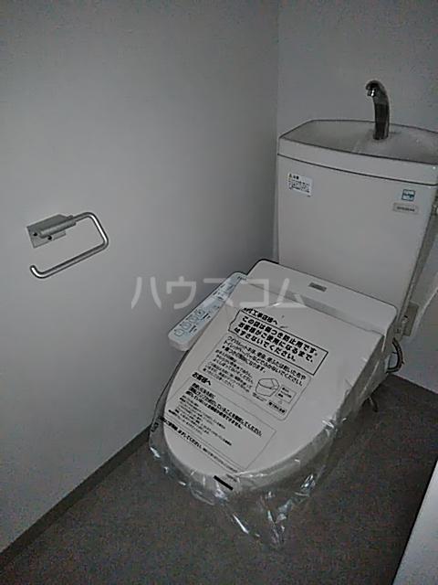 ニューライフ等々力 508号室のトイレ
