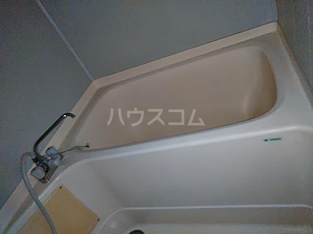 ニューライフ等々力 508号室の風呂