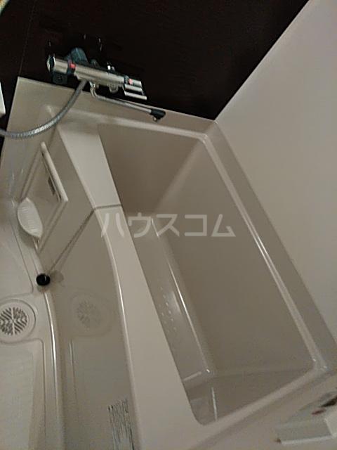 フェルクルールプレスト都立大学 203号室の風呂