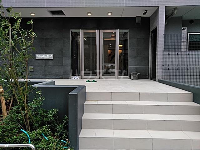 フェルクルールプレスト都立大学 205号室のエントランス