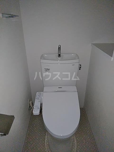 フェルクルールプレスト都立大学 304号室のトイレ