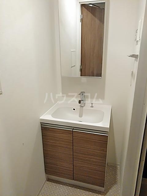 フェルクルールプレスト都立大学 307号室の洗面所