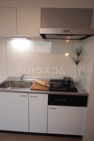 リーガランド五本木 101号室のキッチン
