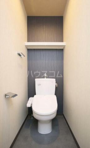 コリーヌ中根カルム 105号室のトイレ