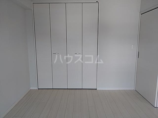 パークサイドレジデンス 607号室の居室