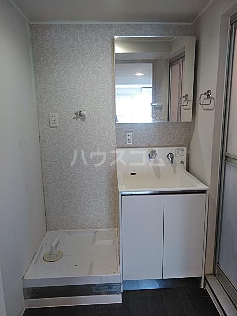 パークサイドレジデンス 607号室の洗面所