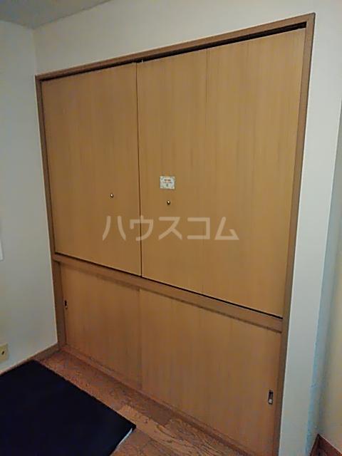 プリミネンス駒沢 A号室の収納