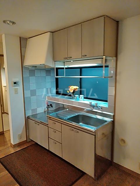 プリミネンス駒沢 A号室のキッチン