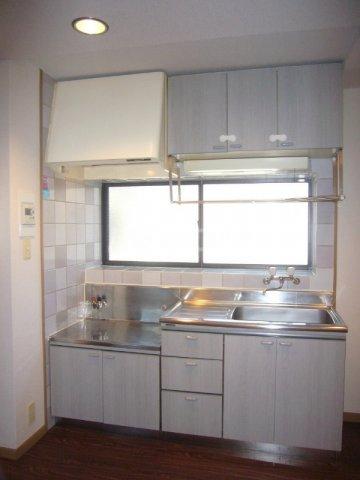プリミネンス駒沢 B号室のキッチン
