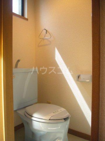 プリミネンス駒沢 B号室のトイレ