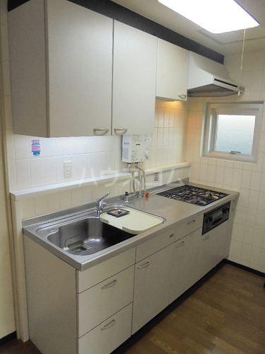 ファミール太子堂 602号室のキッチン