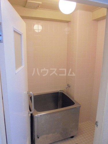 ファミール太子堂 602号室の風呂