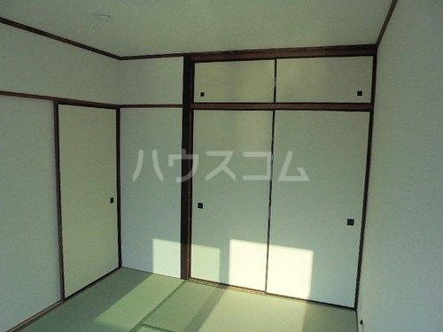 ファミール太子堂 602号室の収納