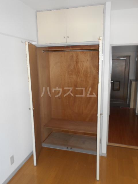 ハナブサマンション 303号室の収納