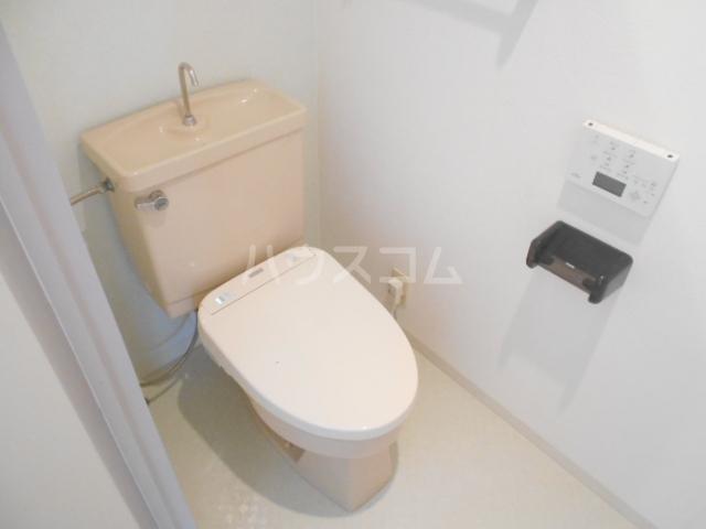 パストラル野沢壱番館 203号室のトイレ