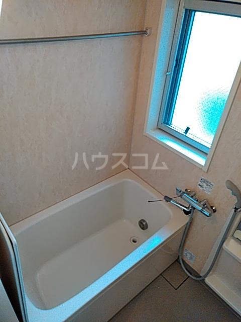 フィオーレ 401号室の風呂