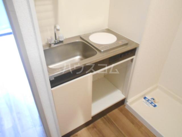 スカイコート駒沢公園 204号室のキッチン