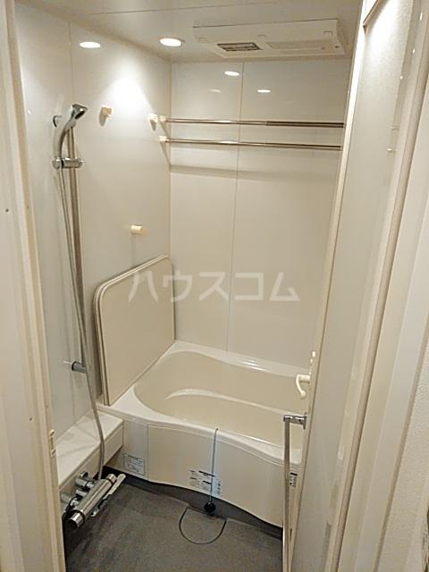 アパートメンツ駒沢大学 206号室の風呂