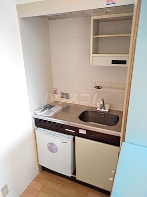 レジダンス・イン・三軒茶屋 405号室のキッチン
