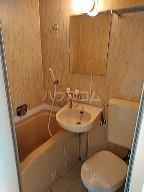 レジダンス・イン・三軒茶屋 405号室の風呂