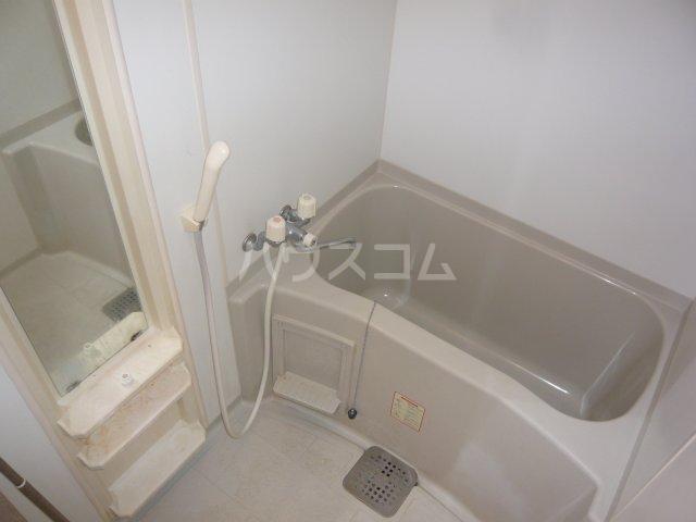 アルジオーネ池尻 106号室の風呂
