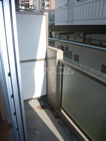 アルジオーネ池尻 106号室のバルコニー