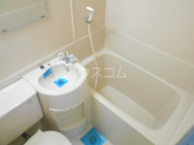 カーサ三軒茶屋 103号室の風呂
