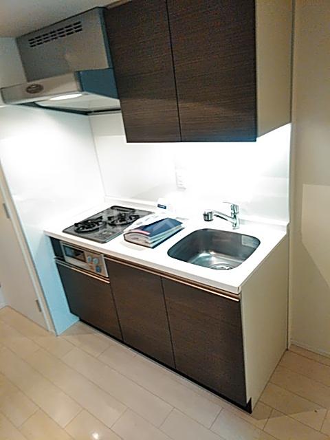 コンフォリア駒場 116号室のキッチン