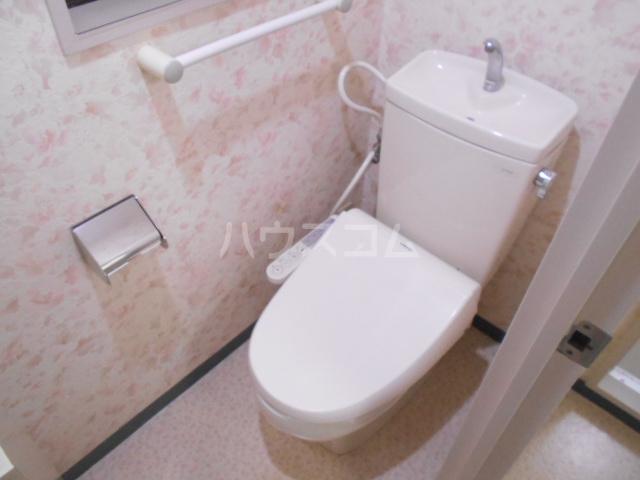 リシェール太子堂 101号室のトイレ