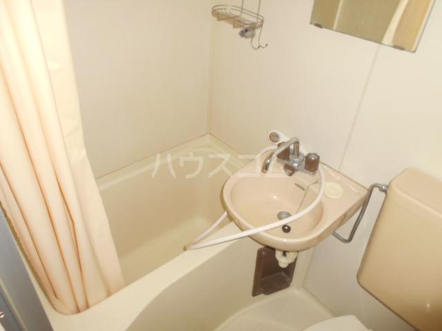 ハウス武内 302号室の風呂