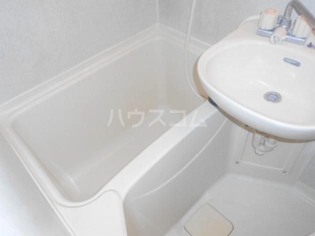 日神パレステージ三軒茶屋 410号室の風呂