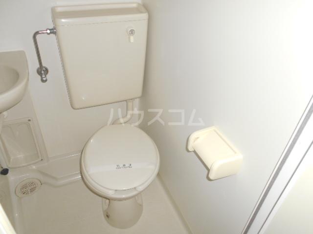 ゼロップ野沢 103号室の洗面所