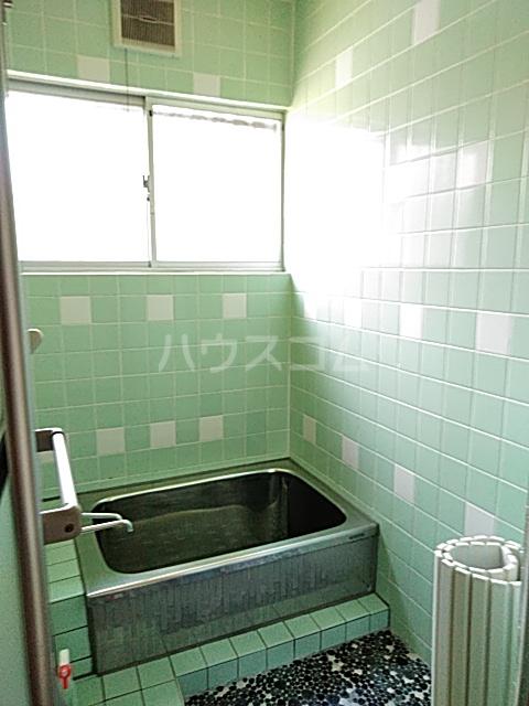 斉藤荘 102号室の風呂