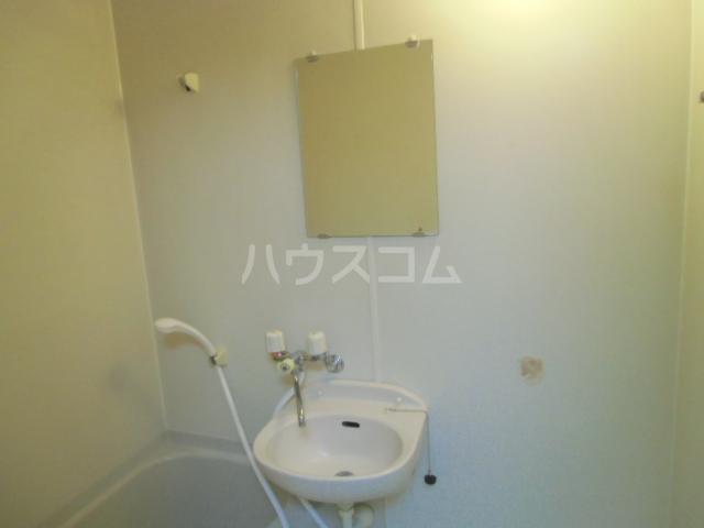 CRADLE 203号室の洗面所