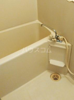 アスティムーラ 206号室の風呂