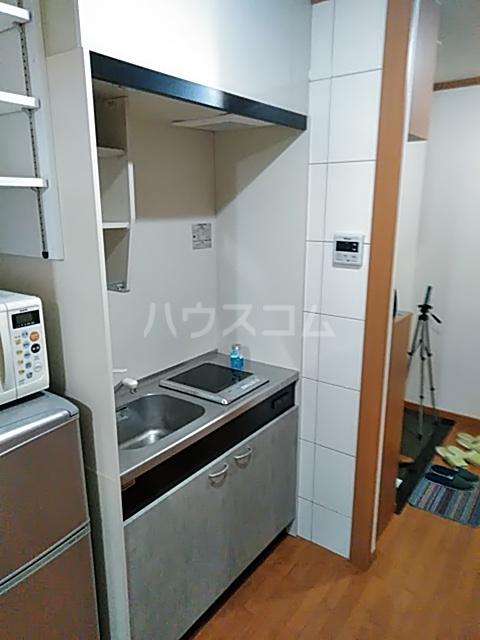 セリーヌ池尻大橋 601号室のキッチン