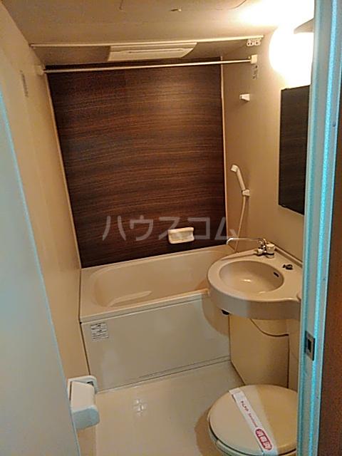 セリーヌ池尻大橋 601号室の風呂