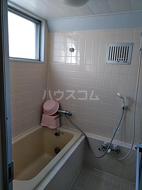 小林ハウス 4号室の風呂
