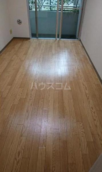 メディアシティ駒沢大学 105号室の居室