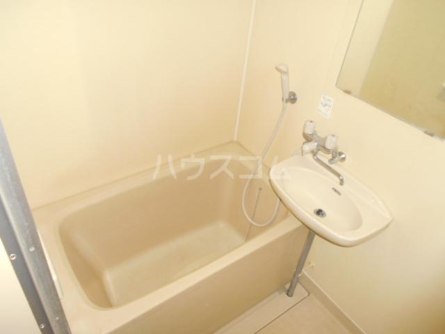 シティコーポ野沢 404号室の風呂