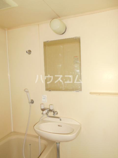 シティコーポ野沢 404号室の洗面所