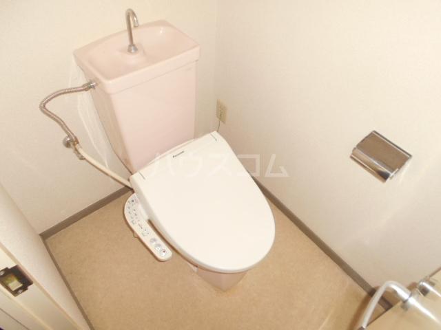 シティコーポ野沢 404号室のトイレ
