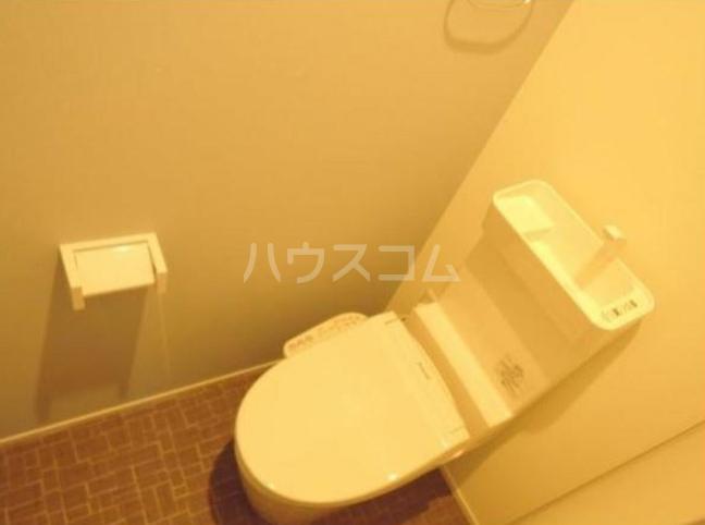 シャレイ学芸大学 102号室のトイレ