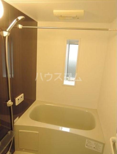 シャレイ学芸大学 102号室の風呂